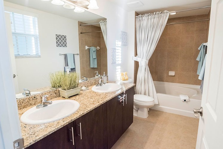 Spacious Bathroom with Relaxing Garden Tub at Casa Brera at Toscana Isle Apartments, Lake Worth, FL 33463