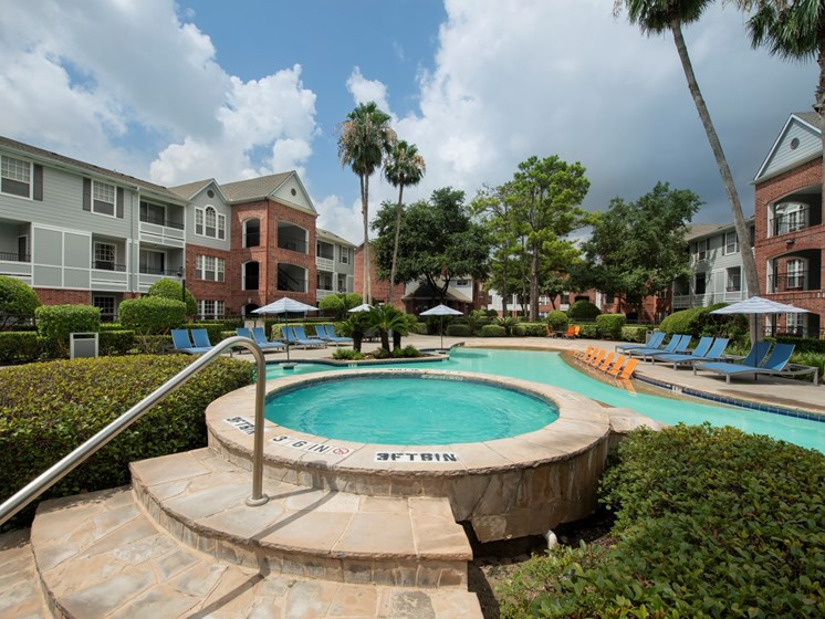 pool and spa apartments in houston tx
