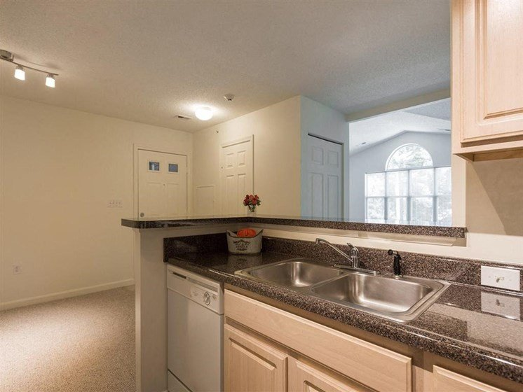 Stainless Steel Appliances at The Preserve Apartments, 100 Hilltop Dr, Walpole, MA