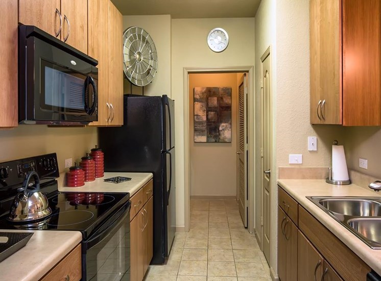 Over-the-Range Microwaves at Verano Apartments, Kissimmee, FL