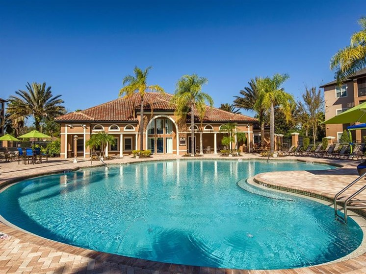 Resort Style Swimming Pool at Verano Apartments, Kissimmee, FL, 34744