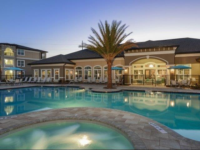 Resort-Style Swimming Pool at Reserves at Alafaya, Orlando, FL