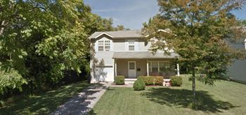 247 East Main Street Ofc 3-4 Beds House for Rent Photo Gallery 1
