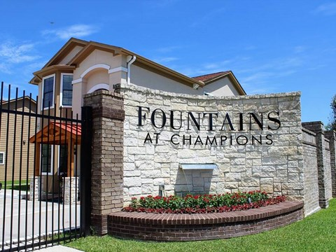 Package Receiving at Fountains at Champions, Houston, Texas
