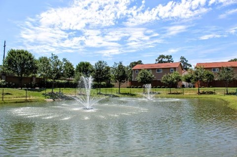 Luxury Apartment Living at Fountains at Champions, Houston, TX 77069
