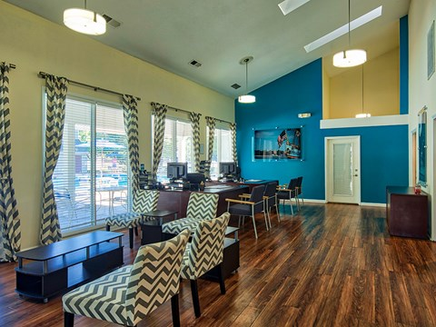 Compass at City Center Apartments Leasing