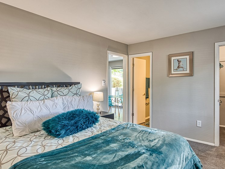 Blue Bedroom_Compass_At_City_Center_Apartments