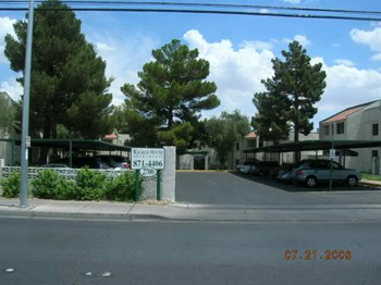 2700 S. Valley View Blvd. 1-3 Beds Apartment for Rent Photo Gallery 1