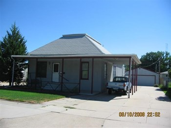 2809 Avenue H 3 Beds House for Rent Photo Gallery 1