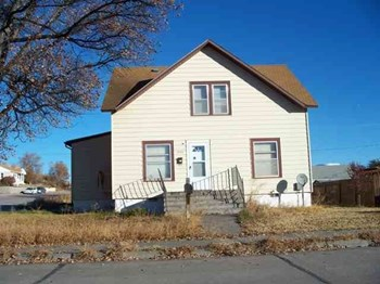 1944 Dodge Street 2 Beds House for Rent Photo Gallery 1