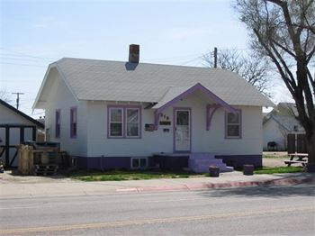 318 East Overland 2 Beds House for Rent Photo Gallery 1
