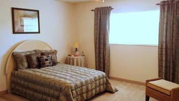6364 Rippey Circle 1 Bed Apartment for Rent Photo Gallery 1