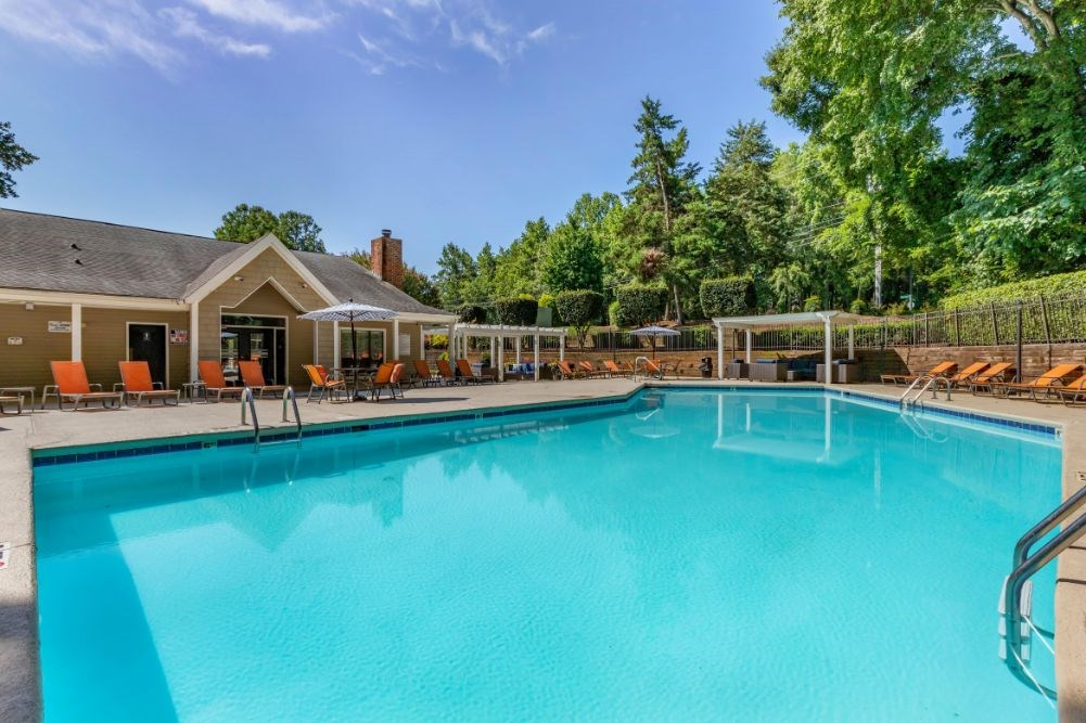 Southpark Commons Apartment Homes|Swimming Pool