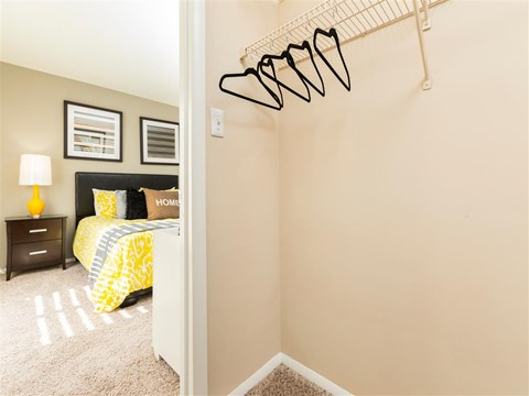 Southpark Commons Apartment Homes|Bedroom with walk in closet