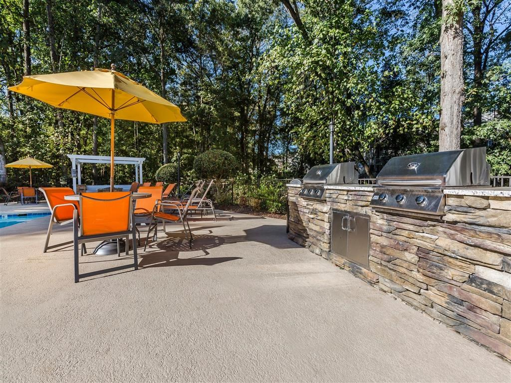 Southpark Commons Apartment Homes|Grilling Station