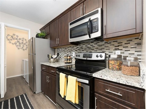 Southpark Commons Apartment Homes|Fully Equipped Kitchen