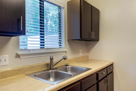 Regency Park| Fully Equipped Kitchen