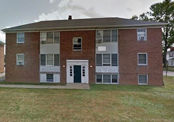30 S. Pershing Ave. 2 Beds Apartment for Rent Photo Gallery 1