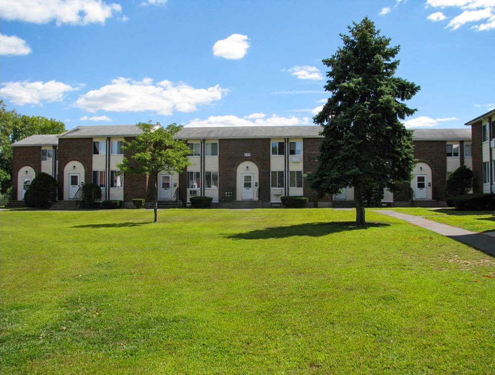 Coppermine Village Apartments in Bristol, CT