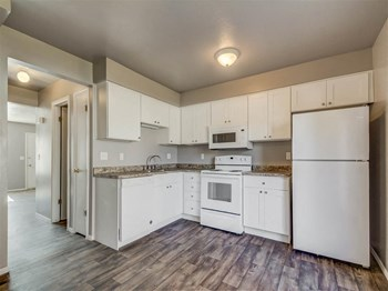 1814 Independence Boulevard 2-3 Beds Apartment for Rent Photo Gallery 1