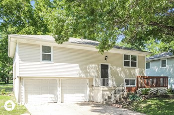 407 S Franklin St 3 Beds House for Rent Photo Gallery 1