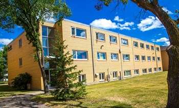 602 Mcdiarmid Drive 1-2 Beds Apartment for Rent Photo Gallery 1