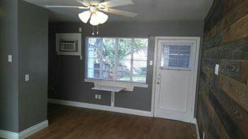 335 IRA Avenue Studio Apartment for Rent Photo Gallery 1