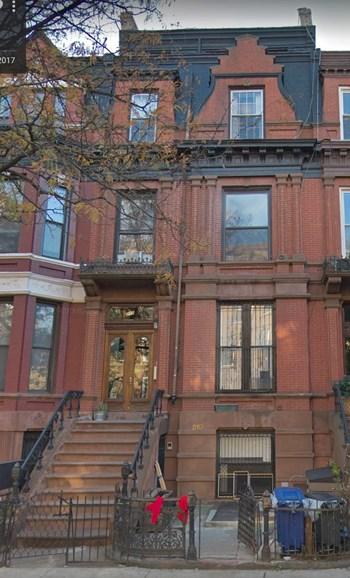 210 Hancock Street Studio-1 Bed Apartment for Rent Photo Gallery 1
