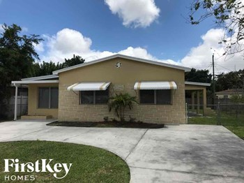 6428 Plunkett Street 4 Beds House for Rent Photo Gallery 1