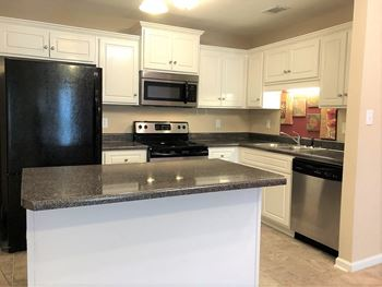127 Grove Landing Ct 2 Beds Apartment for Rent Photo Gallery 1