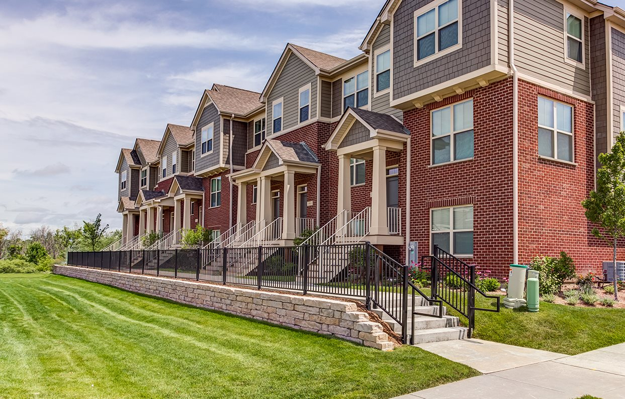 residences of orland park crossing apartments in orland park il
