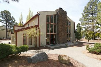 1105 E Ponderosa Parkway 1-2 Beds Apartment for Rent Photo Gallery 1