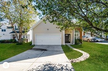 2120 Highland Park Dr 3 Beds House for Rent Photo Gallery 1