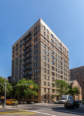 838 West End Avenue Studio-5 Beds Apartment for Rent Photo Gallery 1