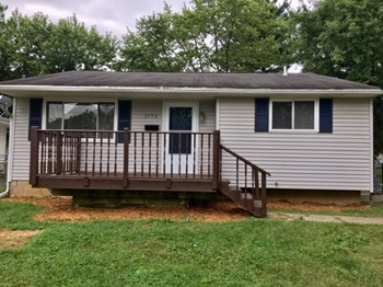 1779 Kermit Avenue 2 Beds House for Rent Photo Gallery 1