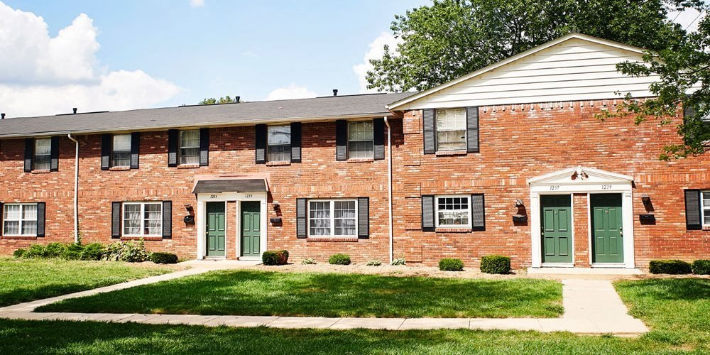 Marvelous Carriage House West Apartments In Indianapolis In Home Interior And Landscaping Oversignezvosmurscom