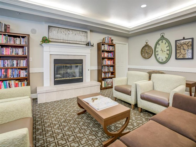Reading Room With Ample Of Sitting Area at Westmont of Fresno, Fresno