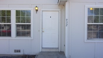 932 A St. 3 Beds Apartment for Rent Photo Gallery 1