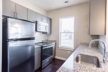 625 Mcgrath Highway Studio Apartment for Rent Photo Gallery 1