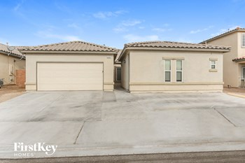3220 W La Madre Way 4 Beds House for Rent Photo Gallery 1