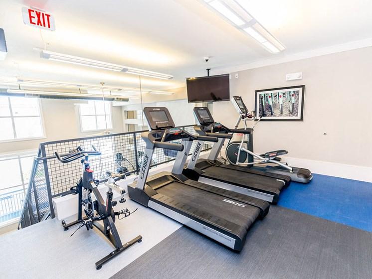 gym apartments in midtown houston