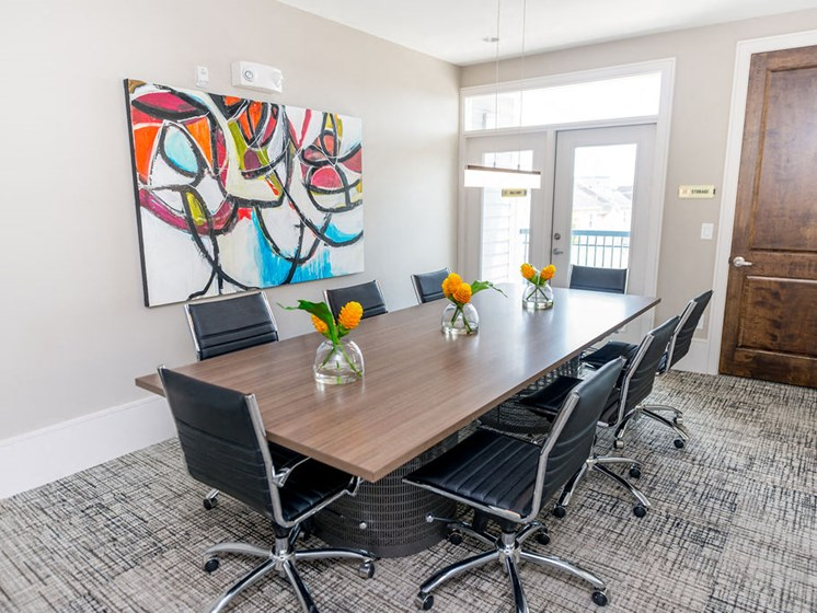 downtown houston apartments conference room
