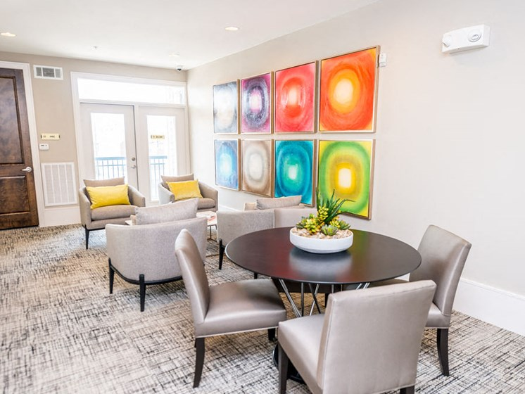 downtown houston apartments dining room