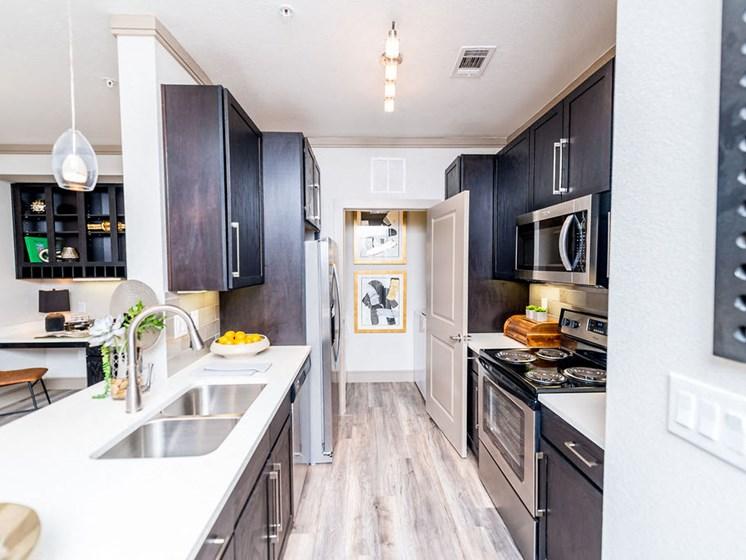 kitchen apartments in montrose houston