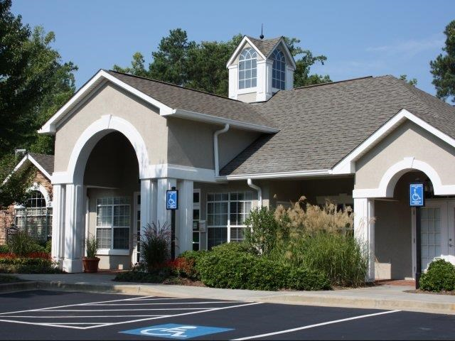 Exterior View Of The Clubhouse at Lullwater at Calumet, Newnan, GA, 30263