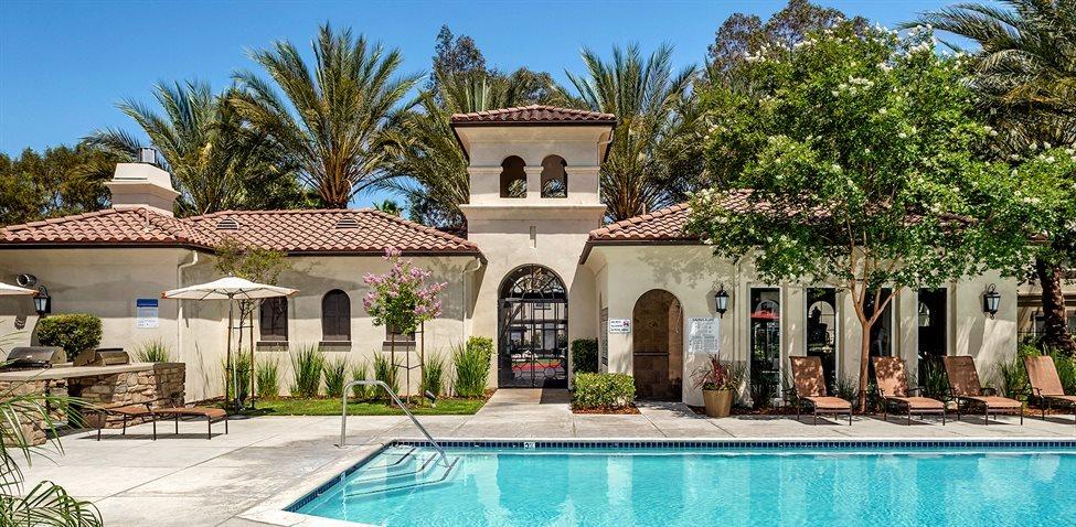 Santa Clarita Ca >> Montecito Apartments Apartments In Santa Clarita Ca