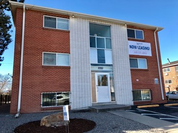 1667 Geneva Street 1-2 Beds Apartment for Rent Photo Gallery 1