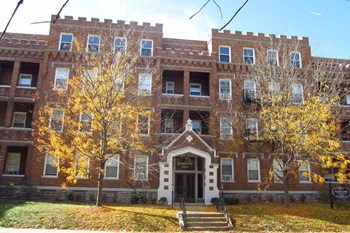 3421 Middleton Avenue 1-3 Beds Apartment for Rent Photo Gallery 1