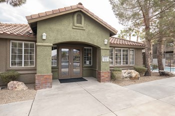 510 College Drive 1-3 Beds Apartment for Rent Photo Gallery 1
