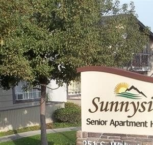 251 S. Walnut Ave 1-2 Beds Apartment for Rent Photo Gallery 1